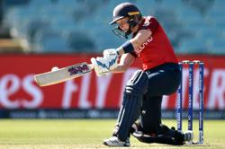 Chat with women cricket legends Heather Knight and Mithali Raj