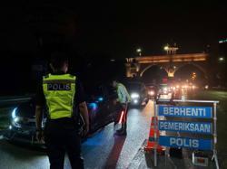 Cops: Roadblocks to be tripled in Petaling Jaya to deter drink driving