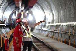 Jakarta-Bandung railway project to be extended to Surabaya