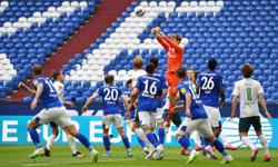 Bremen boost survival hopes with 1-0 win at Schalke