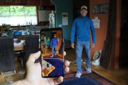 Smartphone tool helps users keep social distance