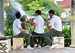 'Do more to protect youths from tobacco industry'