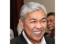 Umno wanted Mahathir to remain as PM, says Zahid