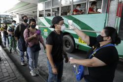 Manila comes back to life although virus threat in Philippines lingers