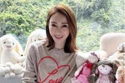Former HK star Gigi Lai prays for children's futures in Children's Day post