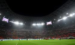 Hungarian football fans snap up tickets for socially distanced cup final