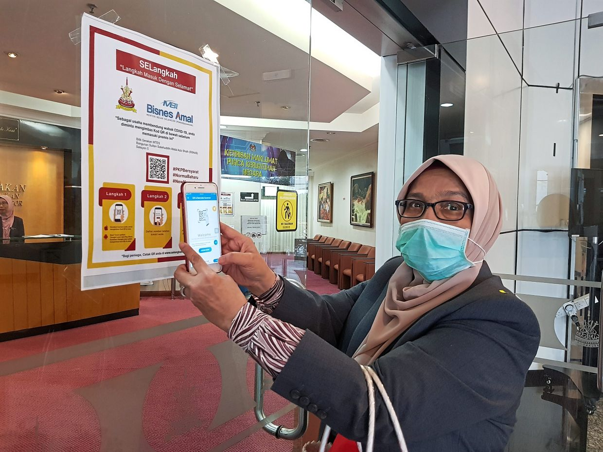 Dr Siti Mariah says Selangkah is safe and secure to use.