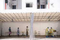 569 new coronavirus cases in Singapore, including seven community cases