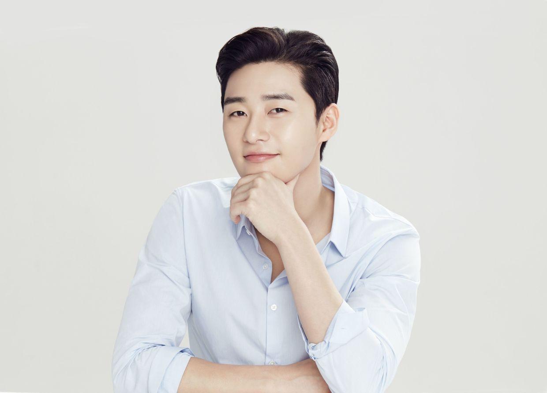 Itaewon Class' star Park Seo-joon first Korean actor to surpass one million  subscribers on YouTube | The Star