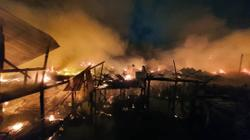 Fire razes 30 houses in Semporna (updated)