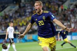 Melbourne Victory captain Toivonen heading home to Sweden