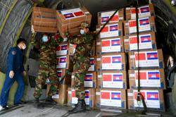 China provides more medical supplies to Cambodia for Covid-19 fight