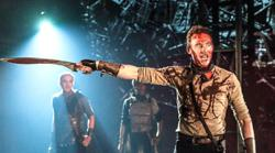 Tom Hiddleston's 'Coriolanus' leads the way in this weekend's virtual highlights