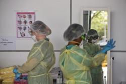 383 new coronavirus cases in Singapore, including 14 in community