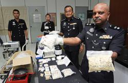 Big haul from mini drug lab