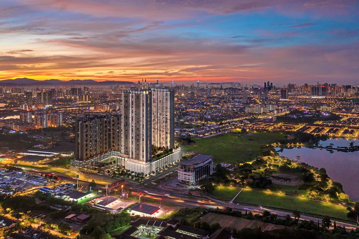 Latest project: M Luna units facing the south will be overlooking the majestic skyline of Kuala Lumpur, with views of skyscrapers such as the Petronas Twin Towers, Kuala Lumpur Tower, the Exchange 106 and the Merdeka 118 Tower.