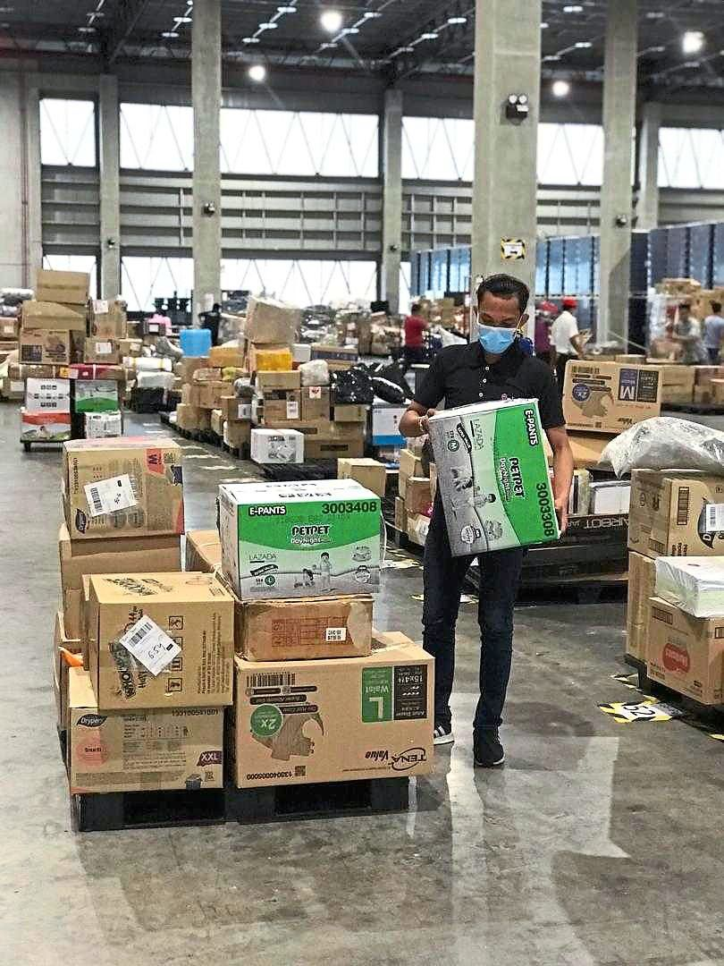 Capacity strain: The sudden shift to online purchases has put a certain strain on logistics players