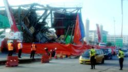 Makeshift structure at Klang LRT project site collapses, causing jam