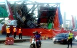 Several Klang roads to close five days after LRT3 makeshift structure collapse