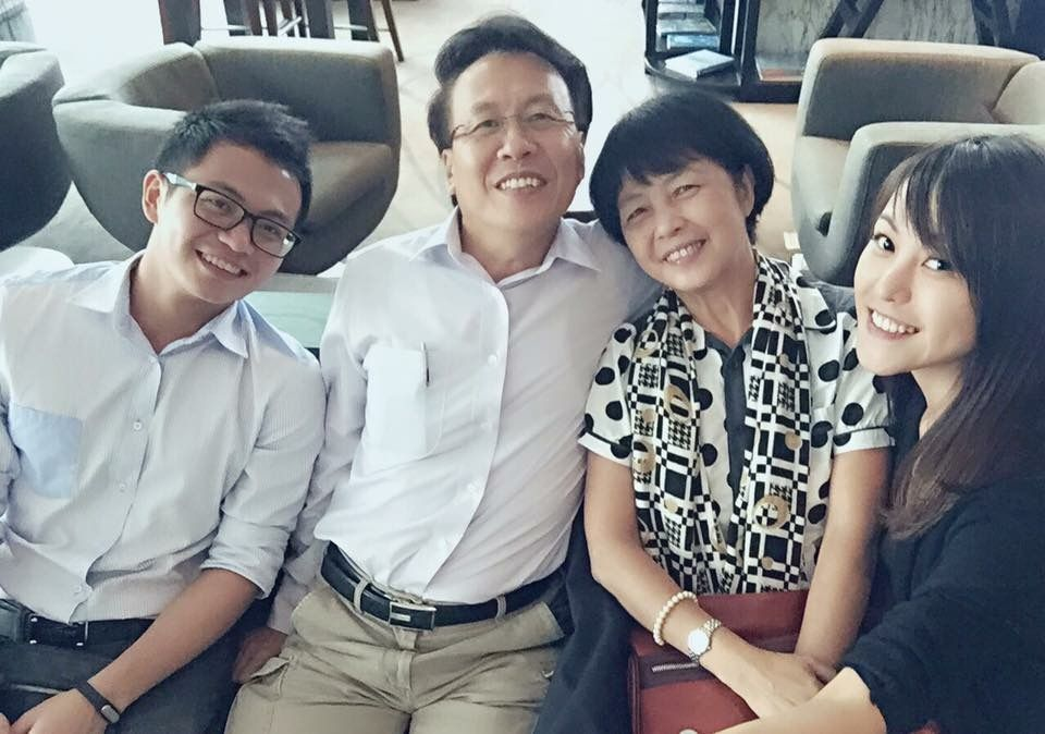Chong (right) with her family. Photo: Jersey Chong Xin Ling