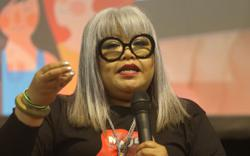 Siti Kasim questioned by MCMC over online posting