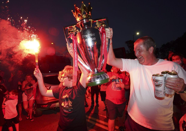 Football: Premier League: City lose to Chelsea, ending Liverpool's ...