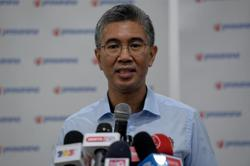 Finance Minister: Govt to discuss with banks extension of six-month loan moratorium