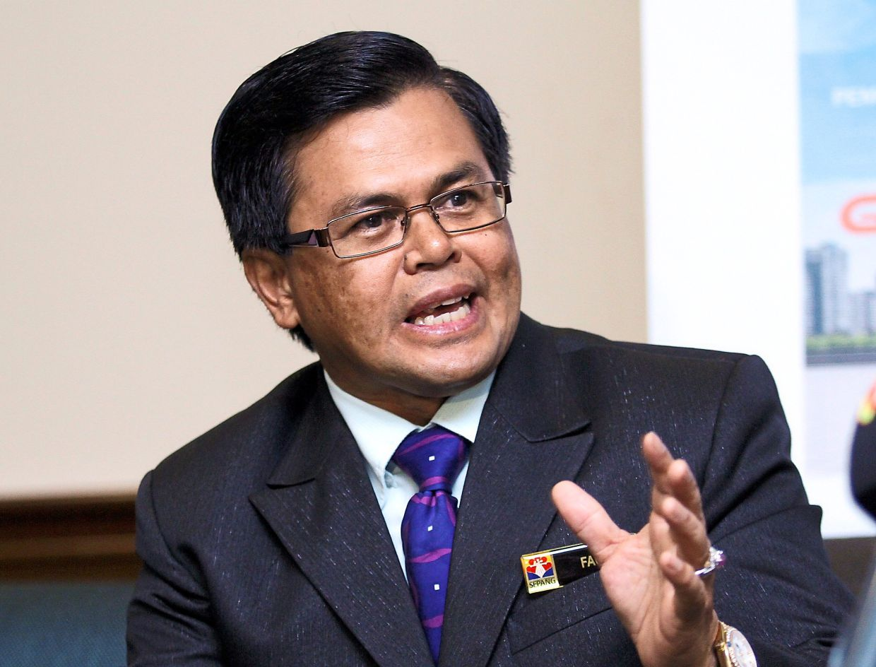 Fauzi says local travellers must adhere to recovery MCO guidelines.