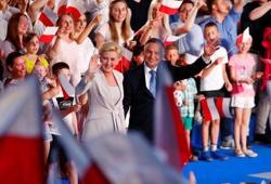 Polish president maintains lead in election first round - majority results