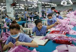 Vietnam's second-quarter economic growth drops to 10-year low