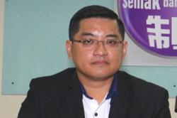 Tee: Share our burden by taking in 200,000 Rohingya refugees