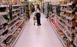Japan's fussy food shoppers finally go online amid pandemic