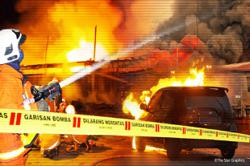 Commercial explosives plant in Batu Arang explodes