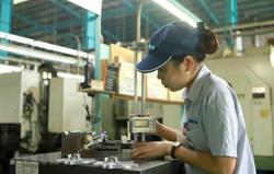 Vietnam's factory activity expands for first time in five months