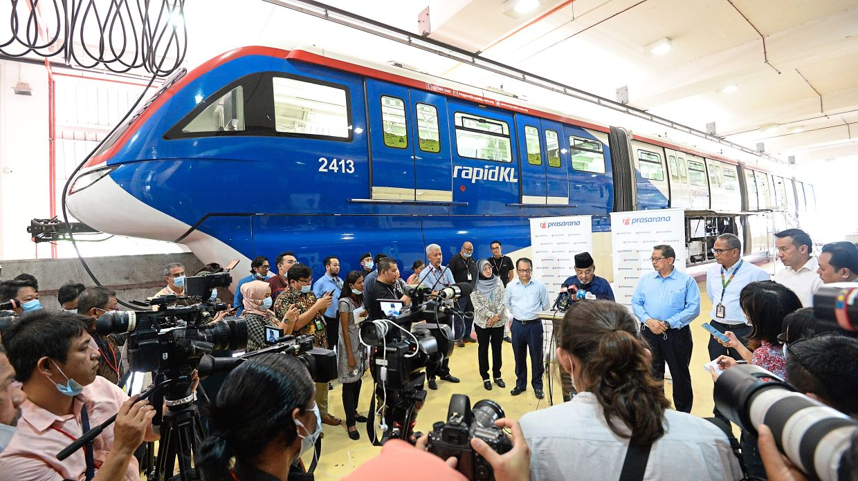Tajuddin at the briefing about the installation of components on the new four-car trains at the monorail depot. — ONG SOON HIN/The Star
