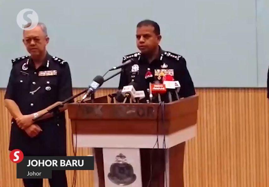 Immigration Dept asst director arrested over human smuggling activities