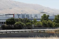 Tesla denies reports of firing employees who chose to stay at home