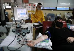 Recovered COVID-19 patients donate plasma for treatment in Argentina