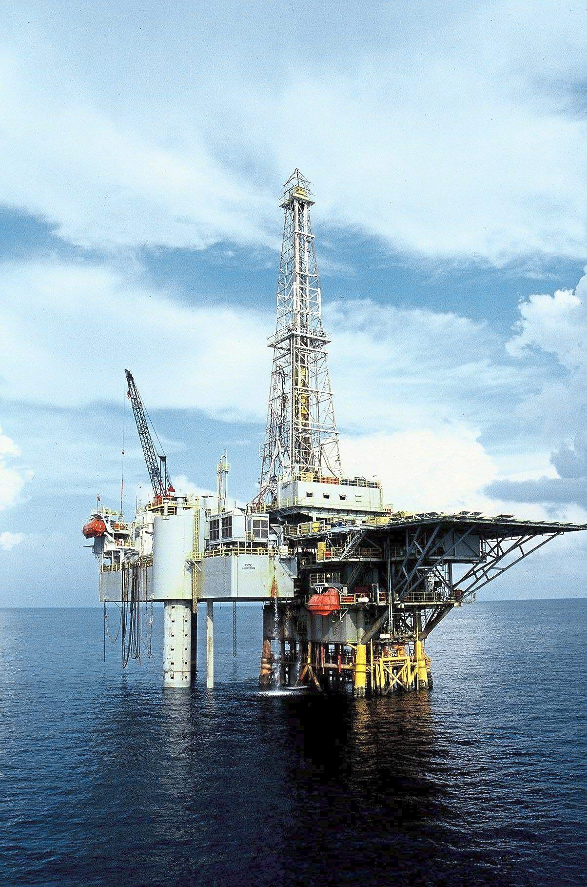"""""""The Sarawak government and Petronas have finally agreed to negotiate on the settlements with regard to the management of Sarawak's O&G resources, and the sales tax on petroleum products, """" the prime minister said in a statement."""