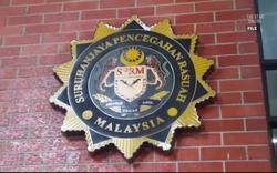 Ex-Penang councillors seen at MACC office