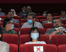 Saifuddin: Visit the cinemas, support local film industry