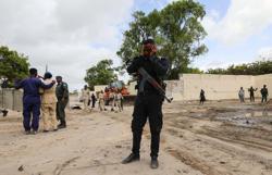 Suicide car bomber hits checkpoint at Somalia's Mogadishu port