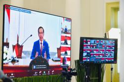 Jokowi: Online university courses to become 'next normal'; Covid-19 cases keep rising