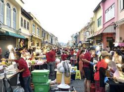 Phuket's beloved Lardyai walking street springs to life; only 5 new virus cases