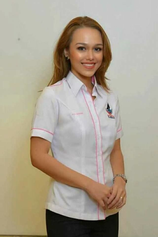 Jo-anna Rampas had singing experience before contesting for the Kiulu state seat in GE14. Photo: Filepic
