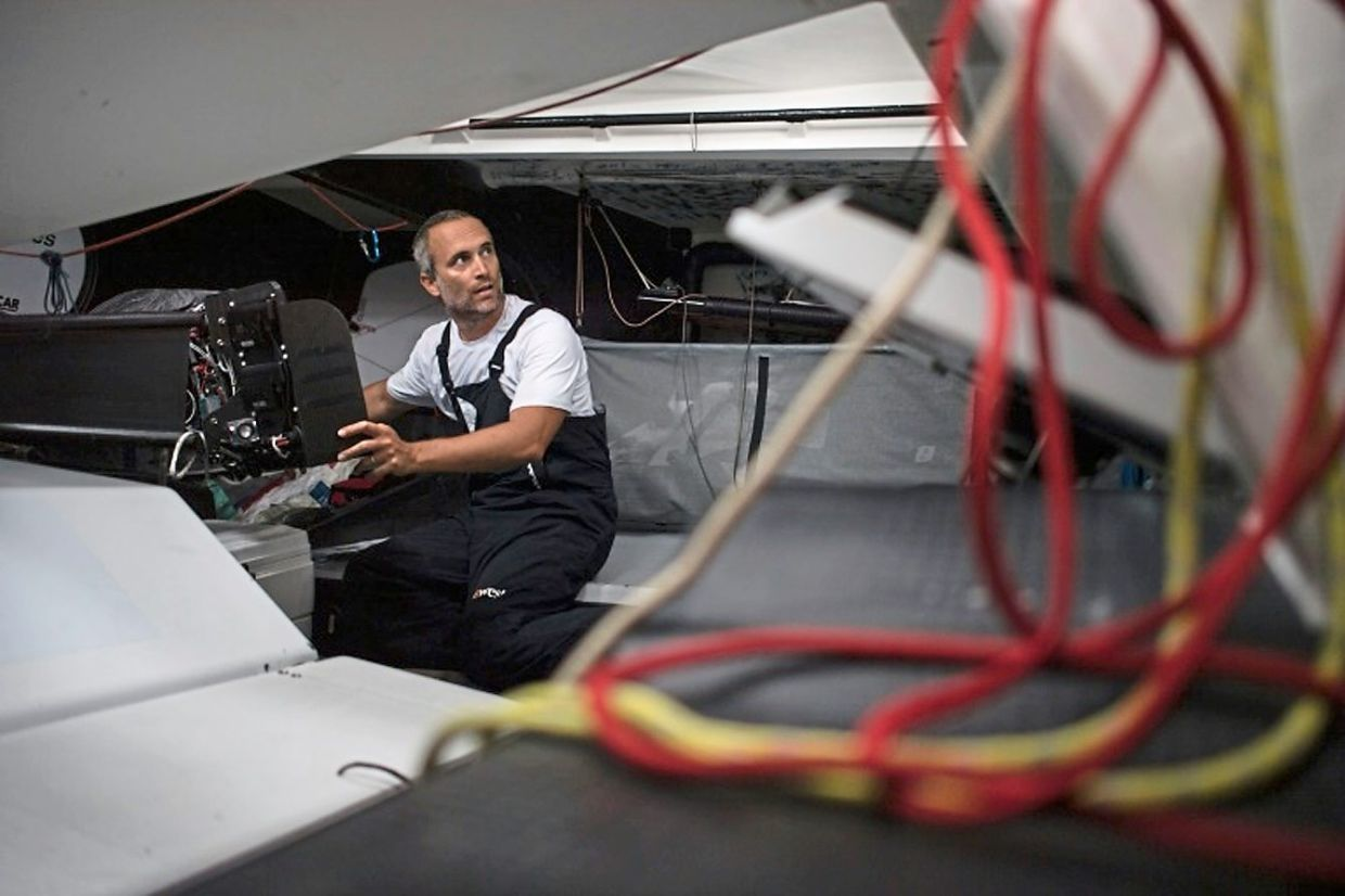Amedeo's solo race around the world is estimated to take 85 days.