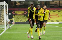 Welbeck wonder goal takes Watford away from drop zone