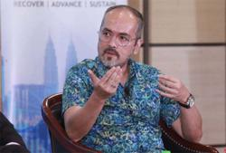 M'sian funds with RM1 trillion seek gains abroad