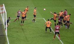Last-gasp Egan header earns Sheffield United win over Wolves