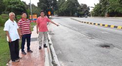 Taman Cheras Perdana residents worried over clogged drains